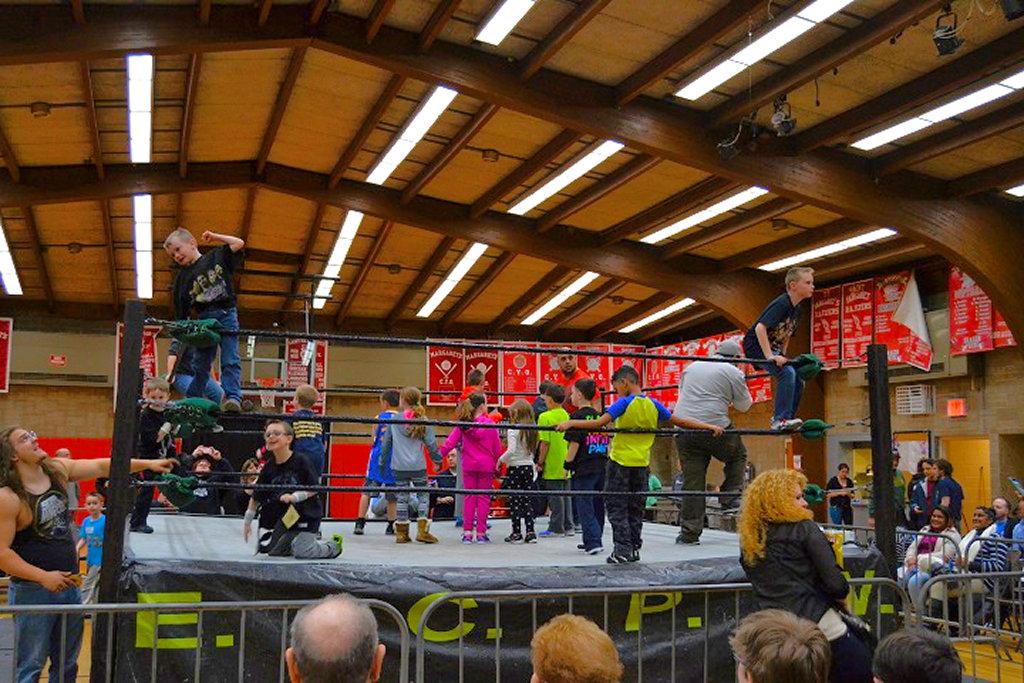 Wrestling-in-Middle-Village